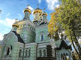 Pokrovsky-Monastery-in-Kiev